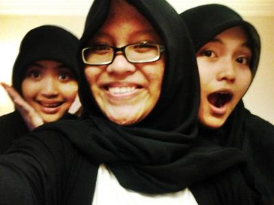 Hania Rizkieta Hazah, Reta Riayu Putri, Ika Putri Syawaliani